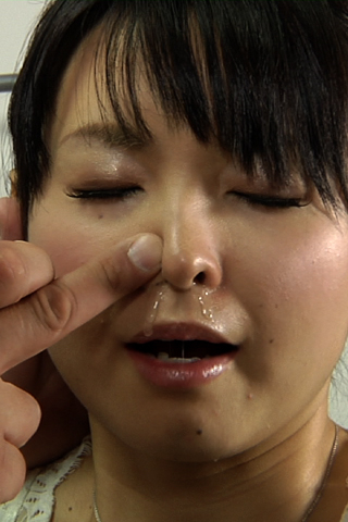 臭いオヤジの美女の鼻水・鼻舐め ハイビジョン高画質(1280x720)